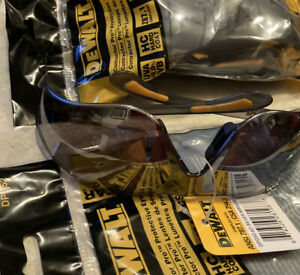 Lot Of 3 Dewalt Contractor Pro Silver Safety Glasses Dpg52 6d New In Package