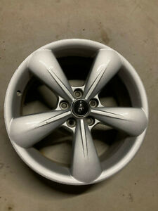 1 Oem Ford Mustang Alloy Wheel 18x8x44 2013 2014
