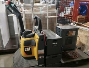 Ride On Caterpillar Wr6000 Electric Pallet Jack