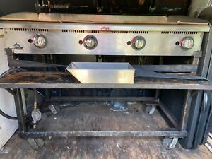 Star 4 Lp Gas Flat Grill With Stand