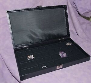 Traveling Earring jewelry 32 Slot Jewelry Display Case