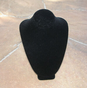 7 Black Velvet Necklace Pendant Bust Jewelry Display