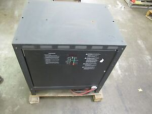 New Nos Douglas Gts 6 550 3ph Forklift Battery Charger 12v 12 V 12 Volt 12vdc