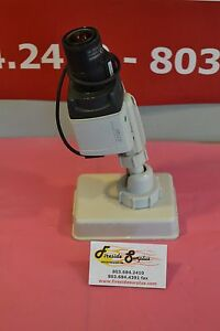 Pelco Digital Color Ccd Cctv Security Camera Ccc5100h 6 With Mount And Lens