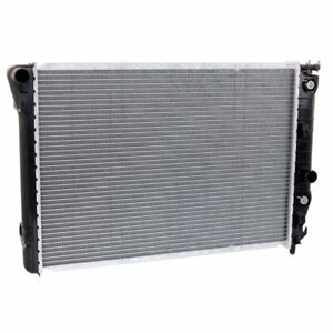 New Radiator Chevy Gm3010186 52470606 Chevrolet Corvette 1997 2001