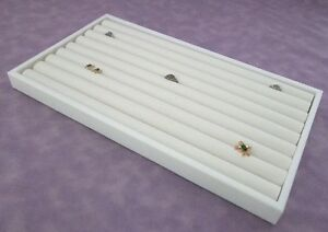 8 Row Ring Display White Tray With White Insert For 110 Rings