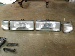 87 Mazda 626 Headlight Assembly s Both Left And Right And Both Parking Light s