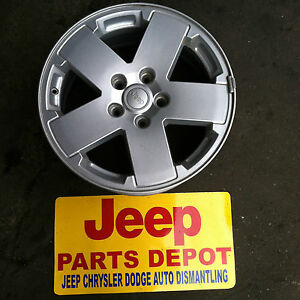 2007 2014 Jeep Wrangler Sahara Silver Oem Mopar 18 Alloy Wheel Rim Used Take Off