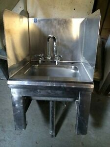 Stainless Steel Hand Sink With Side Guards 8