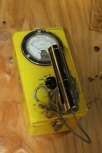 Civil Defense Victoreen Cdv 700 Geiger Counter survey Meter