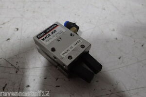 Smc Mhc2 16d Pneumatic Grippers new No Box