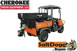 Saltdogg buyers Products Shpe0750 Bulk Salt 50 50 Salt sand Mix Spreader