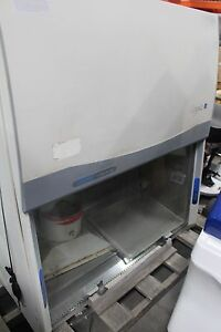 Labconco Logic Class Ii Type B2 49 Wide Fume Hood Nice With Digital Control