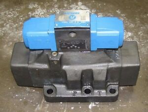 Vickers Dg4s4l 0168c Wb 50 Two Stage Hydraulic Directional Control Valve