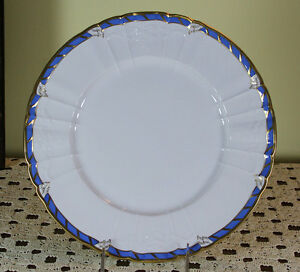 Collector S Cabinet Plate Blue Border And Gold Rim