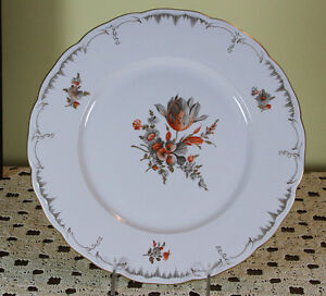Collector S Cabinet Plate With Flowers In Black Plumb Painting