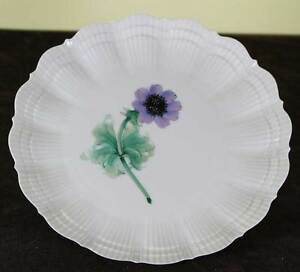 Collector S Cabinet Plate With Blue An Mone
