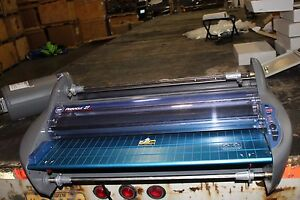 Gbc Pinnacle 27 Ezload Laminator Nice Working