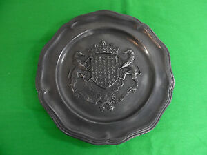 Antique Pewter Plate Charger W Coat Of Arms Family Crest