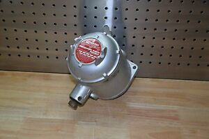 Delaval Barksdale D2x h18 ul 4 18 Psi Explosion Proof Pressure Switch