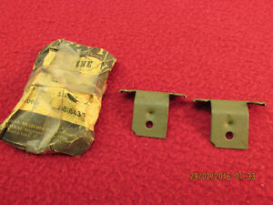 Nos 61 62 Chevy Pass Impala Bel Air Windshield Reveal Trim Molding Clip X 2 Gm