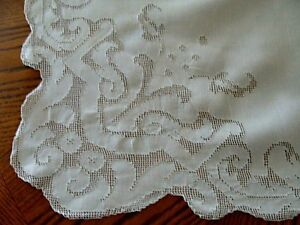 Gorgeous Antique Linen Lace 100 Tablecloth Hand Made Mosiac Pristine Banquet