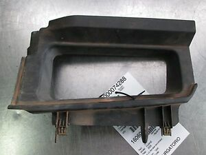 Rear Left Mid Gate Vent Window Trim Ebony 10392654 Oem Hummer H2 Sut 2005 09