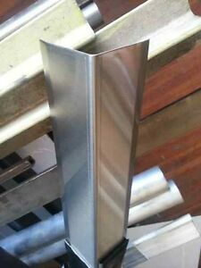 Stainless Steel Corner Guards Angle 2 1 2 X 2 1 2 X 48 set Of 12