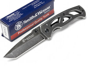 Smith and Wesson Extreme Ops Tactical Folding Pocket Knife Linerlock Tanto SW404