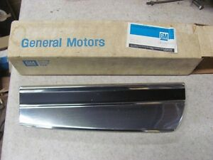 Nos 1974 74 Monte Carlo Lh Front Fender Lower Molding 6260523