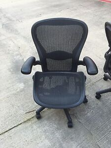 Aeron Fully Adjustable Ergonomic Chair Black Size B W lumbar Herman Miller