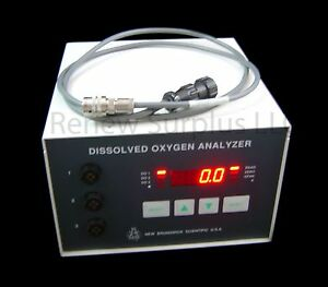 New Brunswick Dissolved Oxygen Analyzer D o Analyzer M1176 0045 With Data Cable