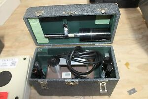 Victoreen Radiation Condenser R meter X ray Meter Model 570 Nice