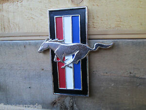 Ford Mustang Pony Display Emblem Red White Blue Metal Cool Look Hanging Man Cave