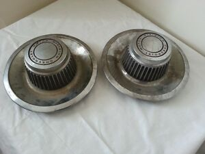 Lot Of 2 Vintage Chevrolet Motor Division Rally Hubcap 1968 1992 Derby Style
