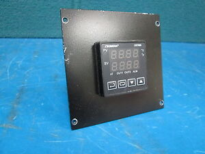 Omega Cn7823 Temperature Controller 100 240v With Mounting Bracket