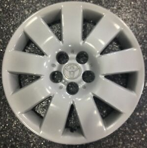 2003 2004 Toyota Corolla 15 9 Spoke Oem Reanufactured Hubcap 61123 42621ab060