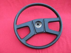 Excellent Stock Original Steering Wheel For Late model 1977 1980 Mgb Roadsters