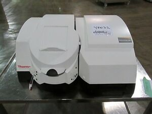 Thermo Electron Visible Spectrophotometer Evolution 300 Bb 48032