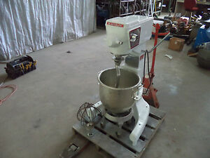 Beautiful Polar White Blakeslee 30 Qt Floor Mixer Accessories 110v Refurbished