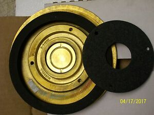 Hubbell 6 1 4 Floor Box Combo Brass Cover Flange Sf3925 D 54962