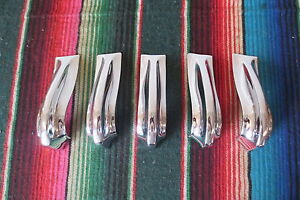Original 1952 Chevrolet Chevy Deluxe Fleetline Grille Teeth Chrome Trim Show