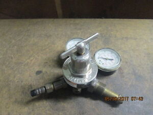 Miller Smith Argon Nitrogen Medium Duty Regulator 30 150 580_as shown_nice_