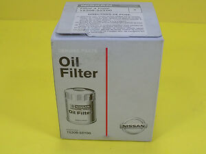 New Genuine Nissan Oil Filter 15208 55y00 Fits Many Models 1 6 2 4 3 0