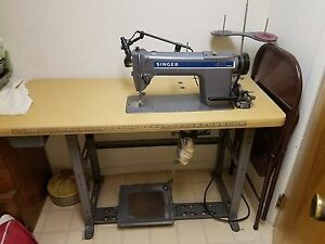 Singer Sewing Machine With Table Model 491 D300gak