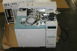 Agilent Hp 6890 G1530a Gas Chromatograph Very Nice