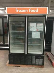 Mb Master bilt Blg 48hd Freezer 2 door looks New Amazing Deal