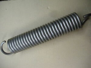 Stainless Steel Extension Spring 375 3 8 Wire 2 75 Od 15 50 Free Length