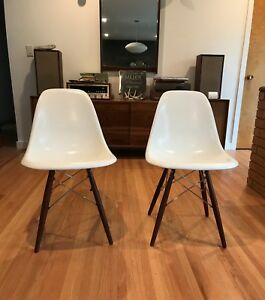 Modernica Mid Century Fiberglass Shell Side Chairs White Walnut Dowel Base