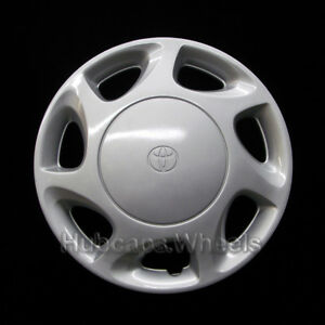Toyota Corolla 1996 1997 Hubcap Genuine Factory Original Oem 61094 Wheel Cover